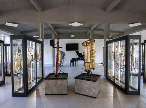 A Fiumicino (Roma) riapre il Museo del Saxofono