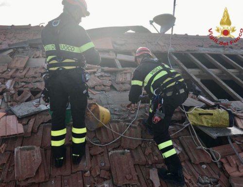 Messa in sicurezza delle strutture danneggiate dalla tromba d'aria