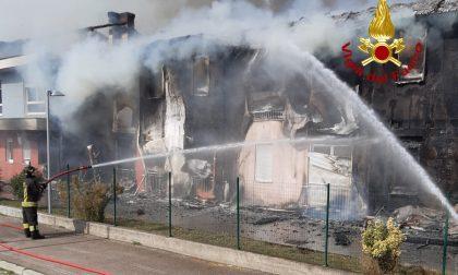 Distrutta dalle fiamme una residenza per anziani (Video)