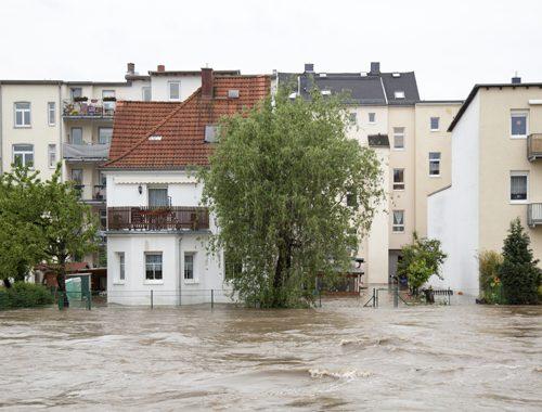 Sapreste come comportarvi in caso di alluvione ? Ecco alcuni consigli anche nella lingua dei segni ( Video )