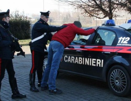 I Carabinieri continuano il controlli per il rispetto delle normative contro la diffusione del Corona-Virus.