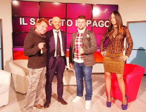 Questa sera alle 21,30 in streaming live su VideoFashionTv la nuova puntata di Salotto Espago da Tele Milano