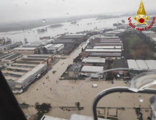 Proseguono gli interventi dei Vigili del Fuoco nella zona alluvionata di Nonantola (Video )