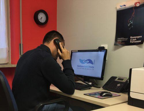 Videochiamate con artisti internazionali per sostenere Telefono Amico Italia, al via Asta Solidale.